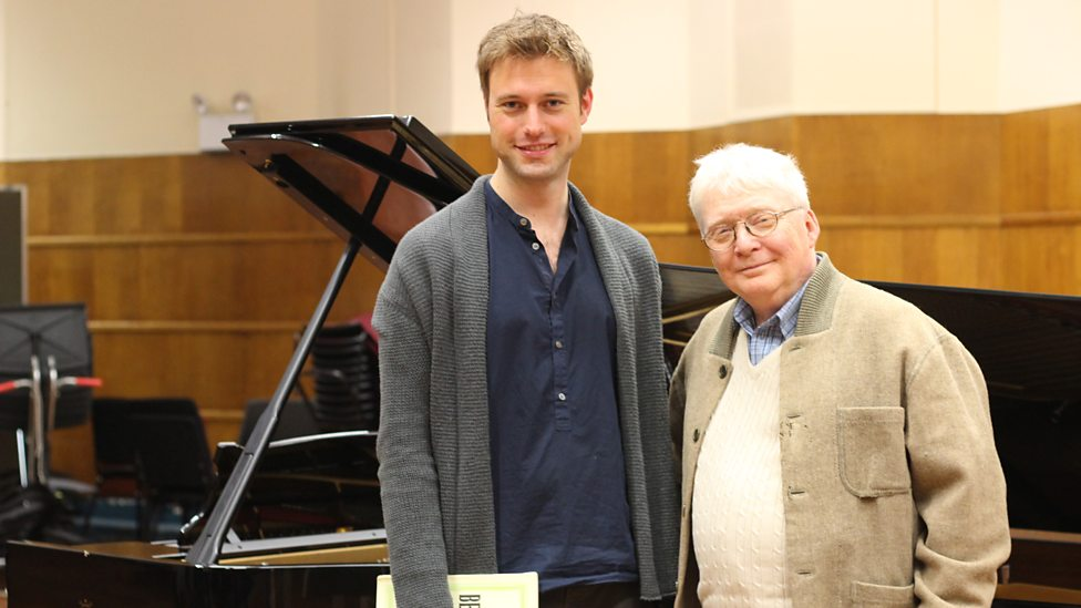 Baritone Benjamin Appl (left) and the pianist Graham Johnson (right)